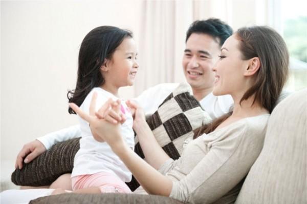 Giúp tư duy của trẻ phát triển, thông minh hơn từ cách nói chuyện của bố mẹ1