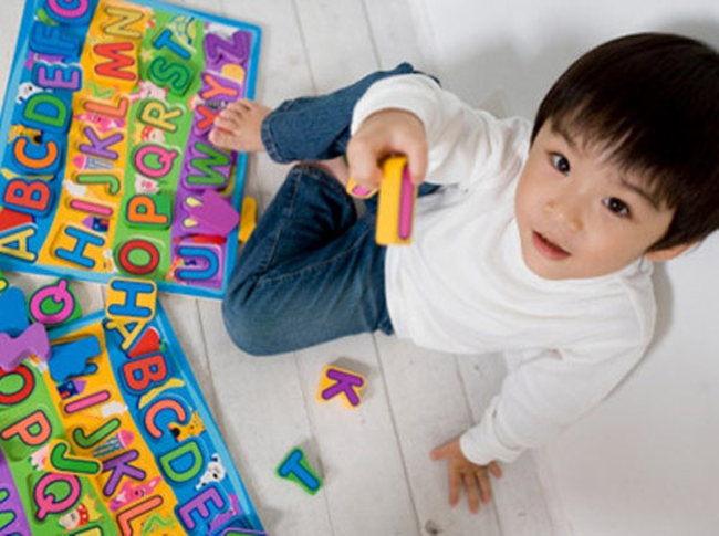 Bố mẹ thường không kiên trì khi dạy con học đọc