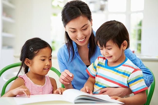 """Lời khuyên """"vàng"""" cho bố mẹ khi dạy con học đọc"""