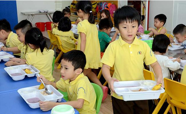 5 nguyên tắc cần tuân thủ khi dạy trẻ kỹ năng tự phục vụ 02