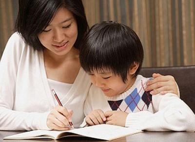 Dạy con học bảng chữ cái quá sớm - xu hướng sai lầm giết chết sự sáng tạo của trẻ2