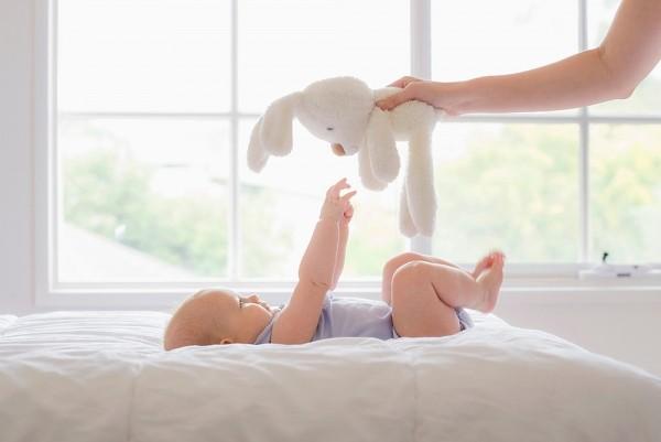 Giáo dục sớm cho trẻ 0-3 tuổi theo phương pháp Shichida qua lực nắm