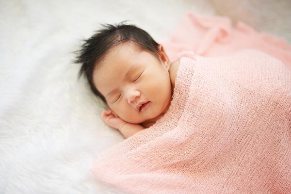 Giấc ngủ của trẻ sơ sinh và những lầm tưởng của bố mẹ 03