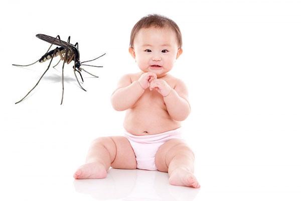 kidsonline-Một số mẹo hay dân gian trị muỗi đốt cho bé trong mùa mưa