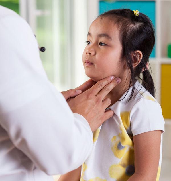 kidsonline-Bệnh quai bị ở trẻ em (P1): Nguyên nhân và triệu chứng bệnh quai bị2