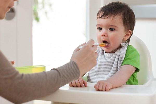 4 sai lầm khi nấu ăn cho trẻ mẹ nào cũng từng mắc phải