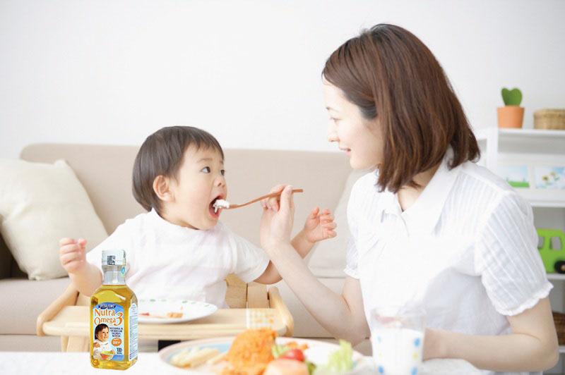 4 sai lầm cực kỳ tai hại khi nấu ăn cho trẻ mẹ nào cũng từng mắc phải